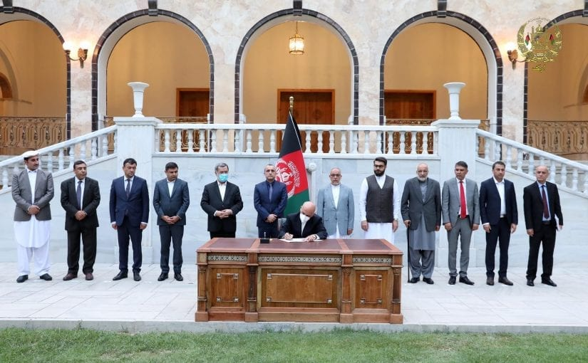 President Ghani signing decree